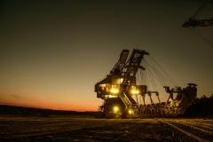 mining-excavator-1736293_1920